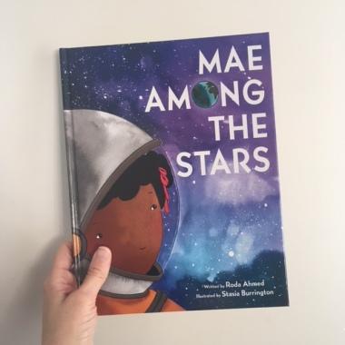 https://mamas-bookshelf.com/2018/02/14/mae-among-the-stars/